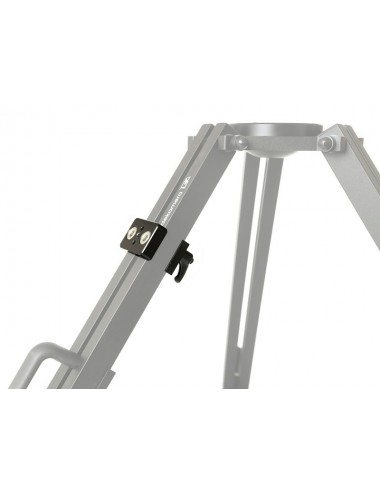Adapter for mounting photo-video accessories on Giant tripods